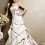 Um vestido com um toque dos anos 50/60, além de lindo, elegante e clássico, está na moda. (Foto: divulgação)