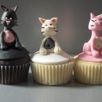Os cupcakes podem ser decorados com  glacê ou pasta americana. (Foto: divulgação)