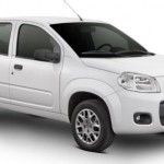 O Fiat Uno 2013 chega renovado às concessionárias de todo o Brasil