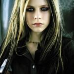 Avril Lavigne, embora ainda uma menina, tem uma carreira de muito sucesso. (Foto: divulgação)