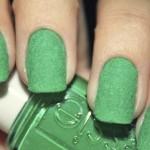 Unhas plush verdes
