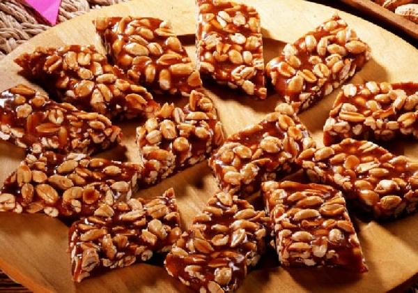 Pé de Moleque um dos doces preferidos nas festas juninas (Foto: Divulgação)