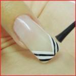 A maioria das manicures fazem decoração de unhas simples e você poderá escolher diversos modelos, cores e estilos. (Foto: divulgação)