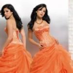 O vestido pode ser com modelos clássicos e diversificar nas cores tornando-o mais moderno. (Foto: divulgação)