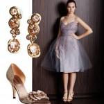 Além do vestido, os acessórios também são indispensáveis para o glamour da debutante. (Foto: divulgação)