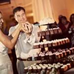 A torre de cupcakes deixa as fotos mais bonitas.