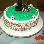 Bolo infantil decorado com time de futebol. (Foto: divulgação)