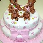 Bolo infantil decorado com a família urso. (Foto: divulgação)