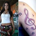 A cantora Perlla tatuou a clave de sol no braço. (Foto: divulgação)