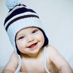 Se um bonito sorriso fica bem em qualquer adulto, que dirá um bebê mostrando seu belo sorriso muitas vezes sem dente algum. (Foto: divulgação)
