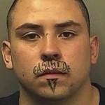 Bigode de tatuagem deixa marca inconfundivel. (Foto: divulgação)