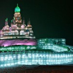 Alguns artistas são mais ousados e criam castelos de gelo. (Foto: divulgação)