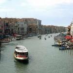A vista de Veneza por água é impressionante e ao mesmo tempo de se apaixonar. (Foto: divulgação)