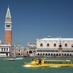 A maior parte do transporte em Veneza é fluvial. (Foto: divulgação)