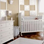 Clima inocente e confortável no quarto do bebê.