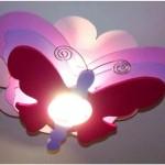 Luminária de borboleta.
