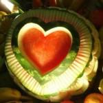 Os modelos do corte são diferente para a decoração deixando as frutas interessantes. (Foto: divulgação)