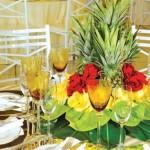 Para fazer este tipo de decoração precisa usar bastante frutas de modo variado. (Foto: divulgação)