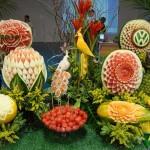 O colorido das frutas deixa a mesa surpreendente. (Foto: divulgação)