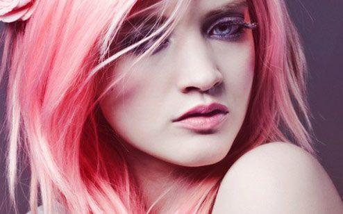 Tenha as cores da moda em seus cabelos  (Foto: Divulgação)