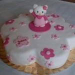 """Bolo personalizado """"Hello Kitty"""" (Foto: divulgação)"""