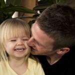 Amor incondicional é amar o outro sem restrições, assim como o sentimento de pai para com seu filho (Foto: divulgação)