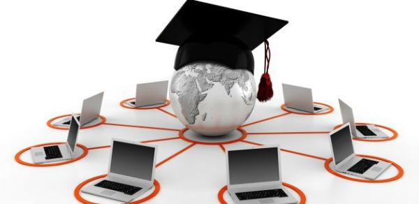 O projeto de Inclusão Digital em Minas facilita o acesso aos cursos a distância.