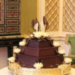 Bolo de chocolate decorado para casamento (Foto: divulgação)