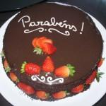 Bolo de chocolate personalizado (Foto: divulgação)