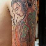Tatuagem de gueixa , também é muito pedida por homens (Foto: divulgação)