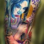 Tatuagem de gueixa com espadas (Foto: divulgação)