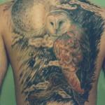 Tatuagem de coruja - Em muitas culturas pelo mundo a coruja é símbolo de bruxaria (Foto: divulgação)