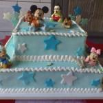 Bolo azul decoração Baby Disney (Foto: divulgação)