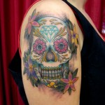 Tatuagem de caveira mexicana feminina (Foto: divulgação)