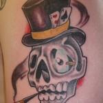 Tatuagem de caveira estilizada (Foto: divulgação)