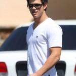 Taylor se veste com simplicidade no dia a dia (Foto: divulgação)
