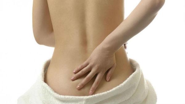 Geralmente, a dor no cóccix é causada por traumas locais. (Foto: Divulgação)