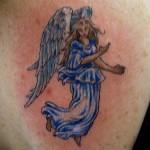 Tatuagem de anjo azul (Foto: divulgação)
