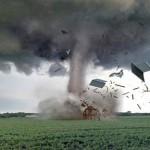 A força do tornado destrói tudo que está a sua frente (Foto: divulgação)