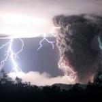Os tornados se formam entre as nuvens (Foto: divulgação)