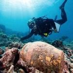 Arqueólogos encontraram no Havaí (EUA) os restos de um navio (Foto: divulgação)