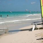 Punta Cana - Possui equipamentos próprios para a prática de esportes aquáticos, campo de golfe, clube noturno e cassino (Foto: divulgação)