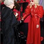 Lady Gaga, estranha mas com glamour (Foto: divulgação)