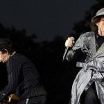 O guitarrista Keith Richards e o vocalista Mick Jagger durante show de 2007, na Holanda (Foto: divulgação)