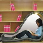 Além do conforto para a leitura os livros estão ao alcance. (Foto: divulgação)