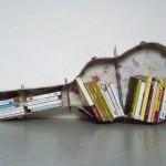 Reaproveitamento de objetos da uma excelente estante (Foto: divulgação)