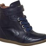 O Sneaker Esdra Dixie Azul é ideal para quem gosta de estilos mais discretos.(Foto: Divulgação)