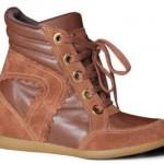 Sneaker marrom de amarrar. (Foto:Divulgação)