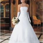 Vestido de noiva delicado e moderno (Foto: divulgação)