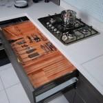 Cada utensílio doméstico tem seu lugar na gaveta. (Foto:Divulgação)